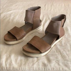 Eileen Fisher Sport Taupe Leather Sandal 7.5M